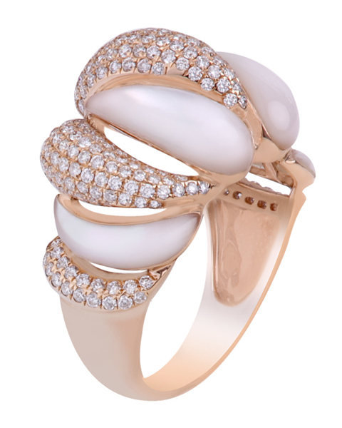 photo of brilliant & shell ring