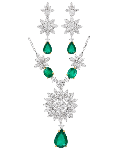 photo of Colombian emerald half set
