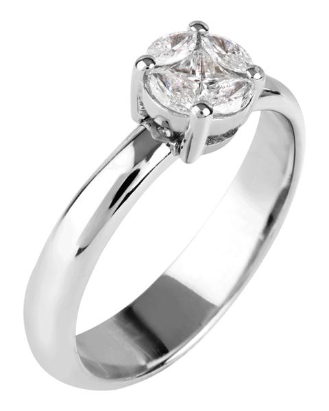 Photo of Brilliant Princess cut ring